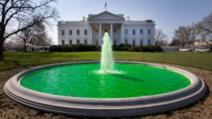 White_House_fountain_dyed_green_for_Saint_Patrick's_Day_2011